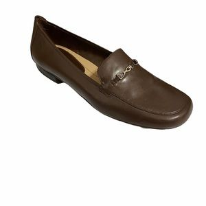 Trotters Brown Loafers- 9.5